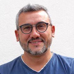 Omer Petek